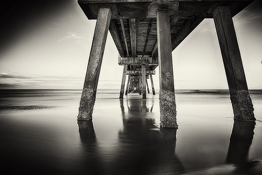 Jax Pier 825 | LENS MODEL NOT SET <br> Click image for more details, Click <b>X</b> on top right of image to close