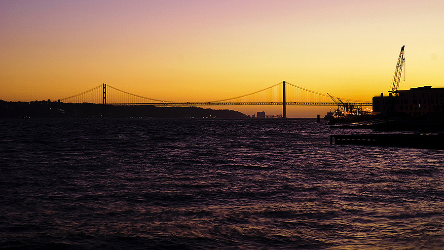 Lisboa sunset | LENS MODEL NOT SET <br> Click image for more details, Click <b>X</b> on top right of image to close