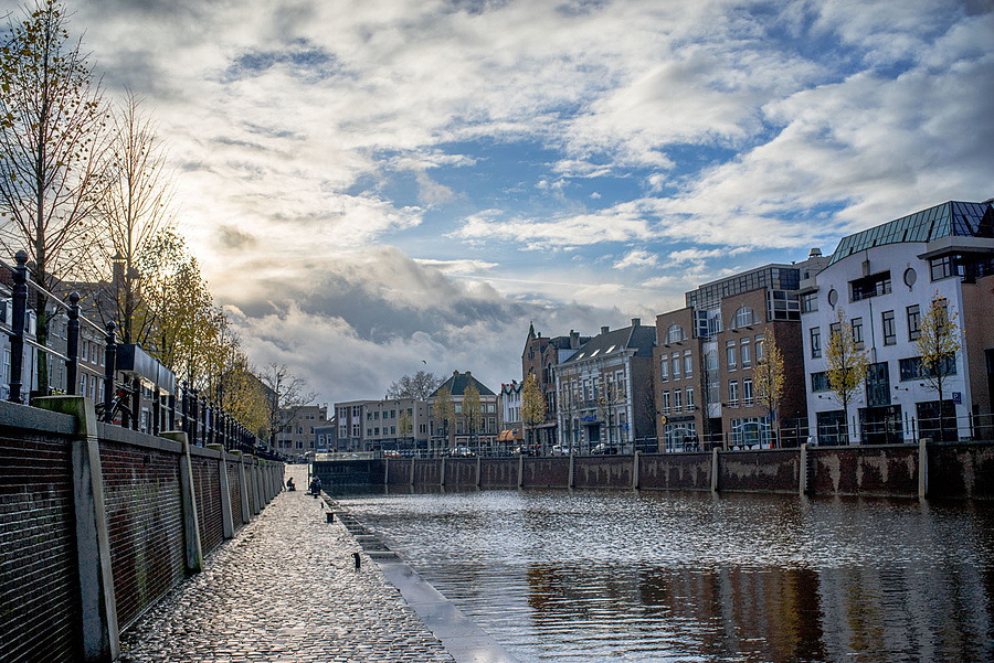 Clouds over the canal | LEICA SUMMILUX 35MM F1.4 ASPH <br> Click image for more details, Click <b>X</b> on top right of image to close