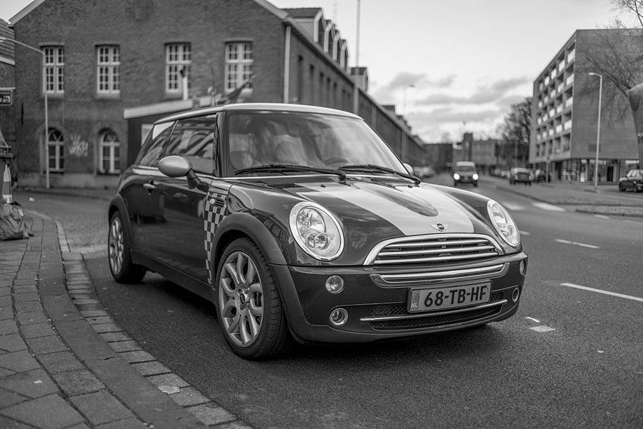 Mini | LEICA SUMMILUX 35MM F1.4 ASPH <br> Click image for more details, Click <b>X</b> on top right of image to close