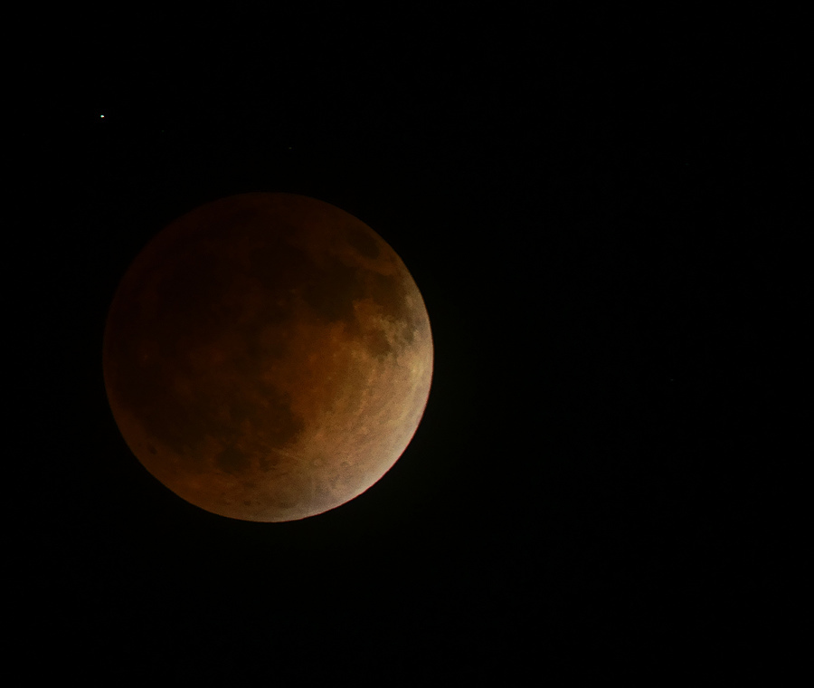 April 15th, 2014 Blood Moon on Tamron 800 | TAMRON ADAPTALL-2 SP 400MM F/4 LD IF (65B) <br> Click image for more details, Click <b>X</b> on top right of image to close