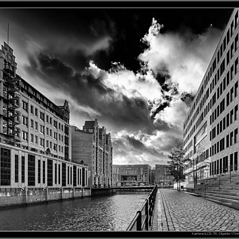 Hamburg HafenCity | LENS MODEL NOT SET <br> Click image for more details, Click <b>X</b> on top right of image to close