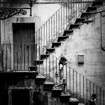 The staircase | LENS MODEL NOT SET <br> Click image for more details, Click <b>X</b> on top right of image to close